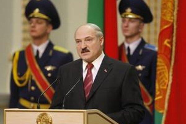 Nedávnu inauguráciu štvornásobného bieloruského prezidenta Lukašenka diplomati únie  ignorovali.