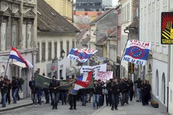 Doteraz najväčší protest sa uskutočnil v Záhrebe.
