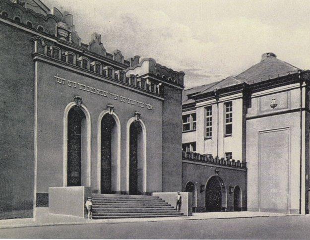 Ortodoxná synagóga a škola na dnešnej Puškinovej ulici.