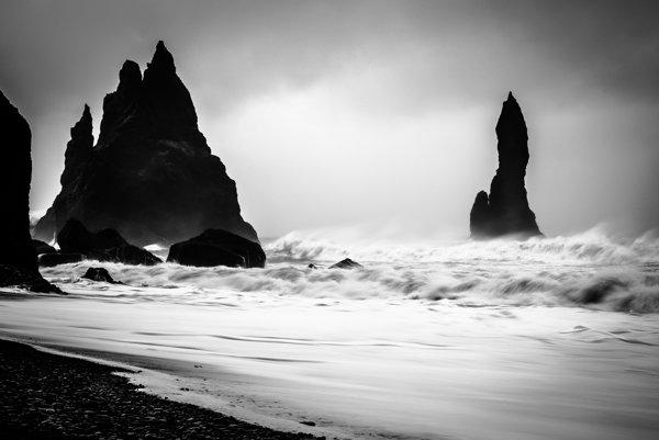 Skorý život mohol vzniknúť v jemných kvapkách vĺn rozbíjajúcich sa o pobrežie dávnej Zeme.