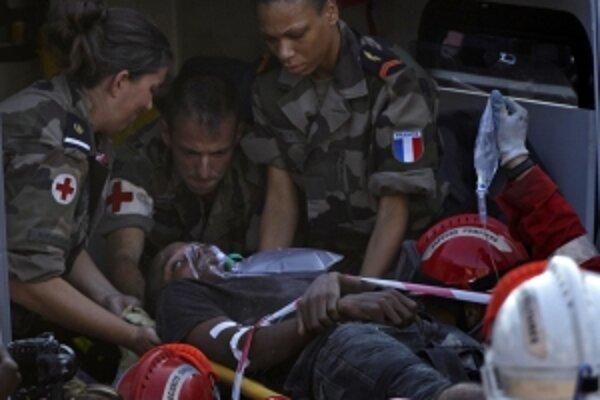 Wismond Exantus prežil. Z trosiek ho vyslobodil tím francúzskych, amerických a gréckych záchranárov.