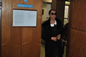 Nora Kabrheľová Mojsejová a ďalší obžalovaní sa v súdnej sieni dlho nezdržali.