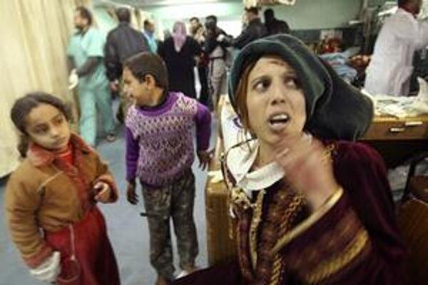 Palestínčanka v nemocnici v Gaze.