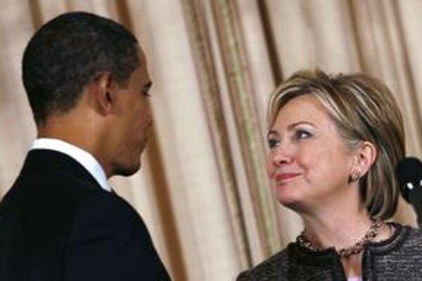 Pre prezidenta Obamu a jeho ministerku zahraničia Hillary Clintonovú má byť prioritou Blízky východ. Za nového vyslanca pre oblasť vybrali Georgea Mitchella.