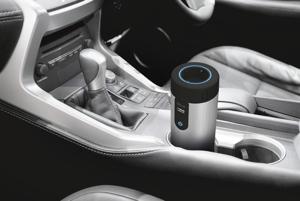 Trust Car 230 Volt Power Socket - Menič napätia, ktorý vám umožní v aute napájať napríklad prenosný počítač alebo DVD-prehrávač. Od ostatných sa líši elegantným dizajnom prispôsobeným pre umiestnenie do držiaka na nápoje. E-shop alza.sk ho ponúka za 34,30 eur.