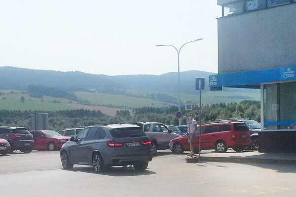 Aj parkovisko pri autobusovej stanici čoskoro dostane mesto.