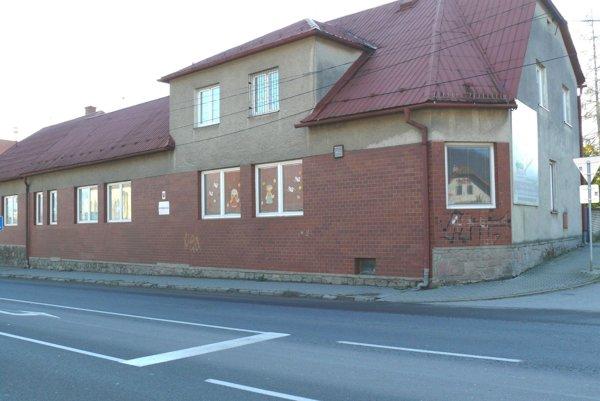 Kapacita škôlky na Ul. francúzskych partizánov vo Vrútkach sa po rekonštrukcii zvýši o24 miest.