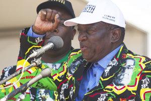 Emmerson Mnangagwa ešte donedávna budoval Mugabeho kult osobnosti tak verne, že na saku hrdo nosil portrét svojho prezidenta.