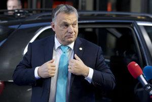 V prvej polovici rokovania bol prítomný aj predseda maďarskej vlády Viktor Orbán.