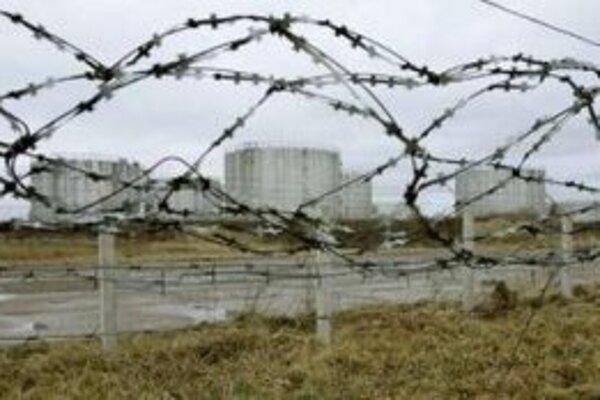 Úložiská ropy ropovodu Družba v bieloruskom meste Novopolotsk.