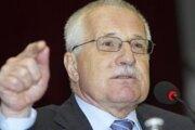 Český prezident Václav Klaus na besede so študentami stredných škôl v Liptovskom Mikuláši počas pracovnej návštevy SR.