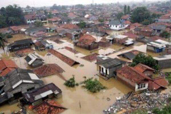Východná časť Jakarty 4. februára 2007.