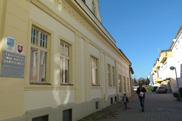 Oddelenie beletrie je z budovy vysťahované od septembra 2014.