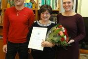 Ocenená dobrovoľníčka Eva Kuklová (v strede).