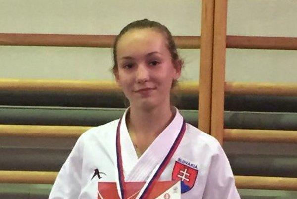 Ema Podobová si vkumite vybojovala striebornú medailu.