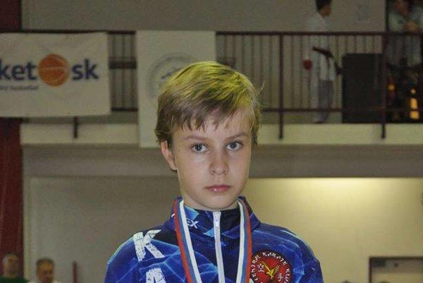 Andrej Farkaš vo svojej kategórii získal striebro.
