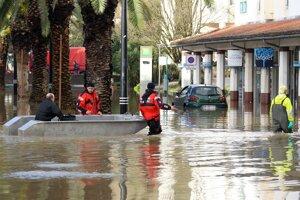 Počasie spôsobuje v Európe problémyZáplavy, ktoré postihujú severozápadnú časť Francúzska.