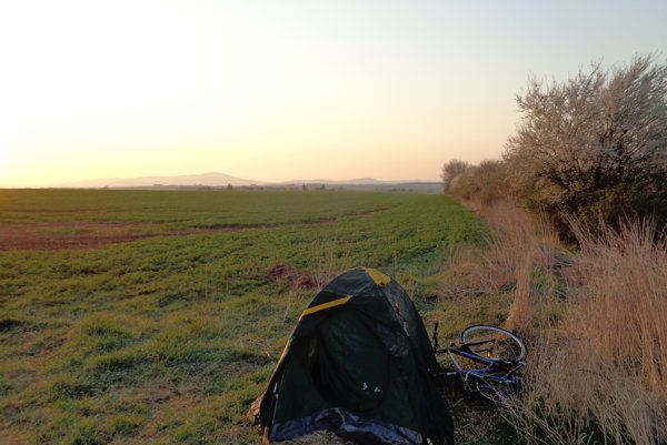 Daniel Bednárik precestoval na bicykli celé Slovensko. Urazil pri tom vyše 700 kilometrov.