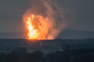 Na zbernej stanici plynu v rakúskom Baumgartene došlo k veľkému výbuchu.