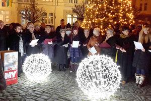 Do projektu Slovensko spieva koledy sa zapojili aj Levice.