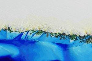Vizualizácia úseku grónskeho pobrežia pred použitím nových údajov z mapy.