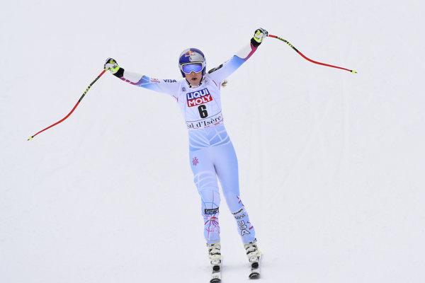Lindsey Vonnová v cieli pretekov super-G vo Val d'Isere.