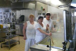 Pani kuchárky sa postarajú o sviatočné menu.