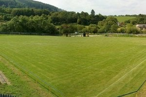 K futbalovému ihrisku v Radoli pribudne v nasledujúcich mesiacoch aj tréningová plocha.