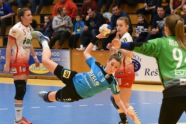 Efektná momentka šalianskej pivotky Barbora Königovej.