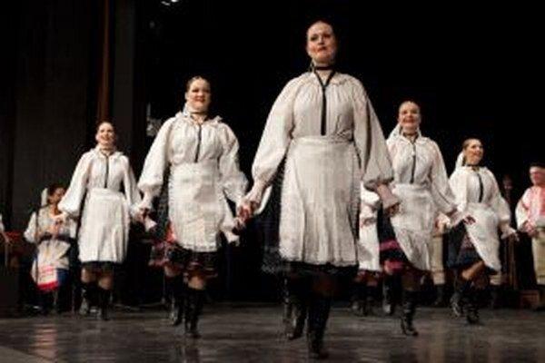 Chýbať nebude ani vystúpenie známeho folklórneho súboru Mostár
