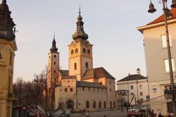 Barbakan, jedna z dominánt mesta