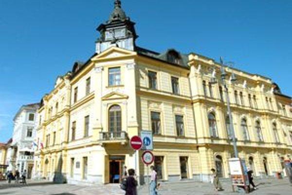 Vplyv KDH v Banskej Bystrici slabne. Po mestskom parlamente bude mať menej zástupcov aj v tom krajskom.