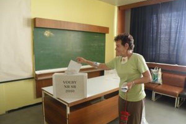 Voľby v Rooseveltovej nemocnici v Banskej Bystrici.