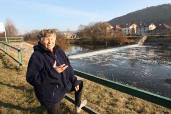 Obyvateľka Šalkovej Emília Bajčiová je tiež presvedčená, že elektráreň by nemala stáť tak blízko domov