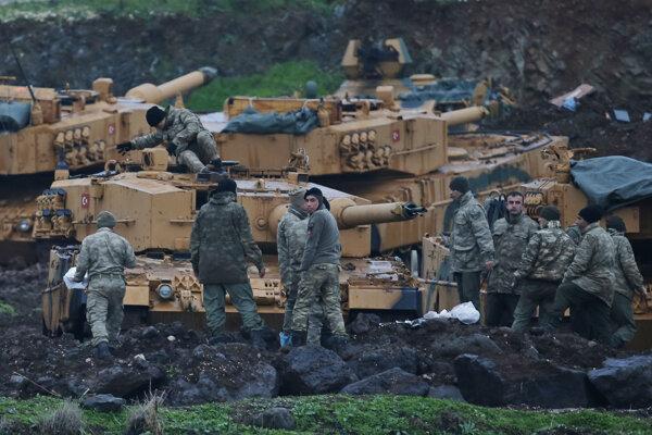 Turci útočia na sýrsky Afrín.