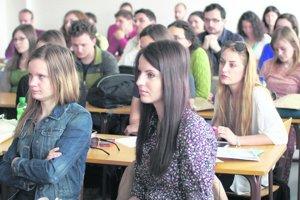 Najmä na technických odboroch sa štúdium stane aj ekonomicky zaujímavejším.