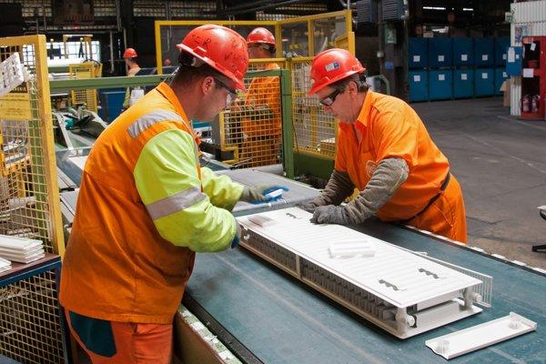 Košický U. S. Steel. Železiarne idú posledné mesiace naplno, majitelia musia mať radosť.