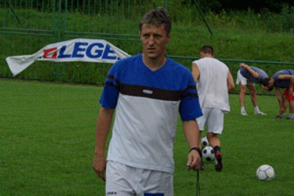 Novým trénerom zvolenských futbalistov je Marián Flašík.