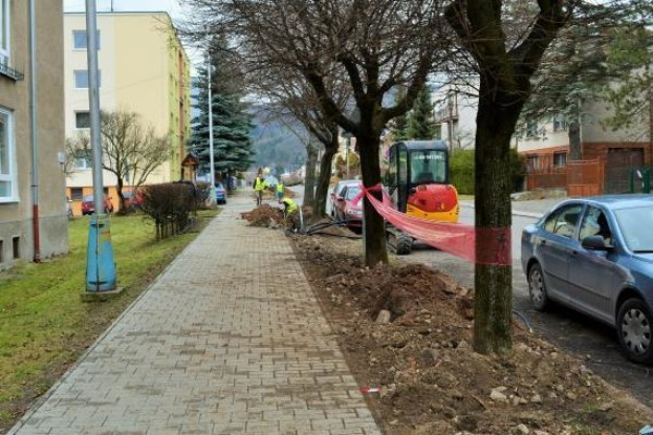 Stavebné práce sa už začali na Štúrovej ulici.