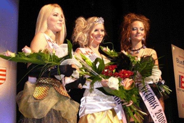 1. vicemiss Janka Nagyová, miss Miriam Šinglerová a 2. vicemiss Monika Paločková.