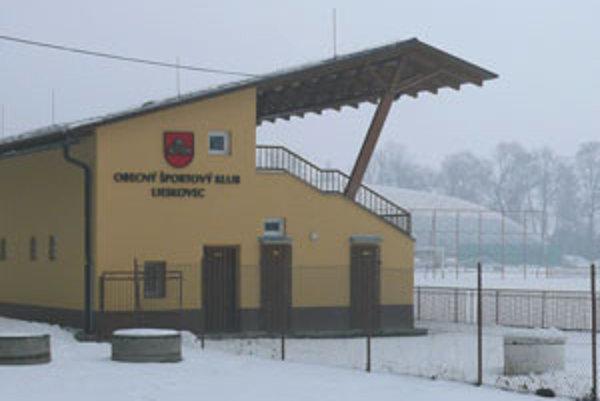 Škody, ktoré decembrová povodeň spôsobila v športovom areáli, odhadujú na viac ako 30-tisíc eur.