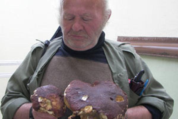 Zvolenčan priniesol z Kremnických vrchov parádny úlovok.
