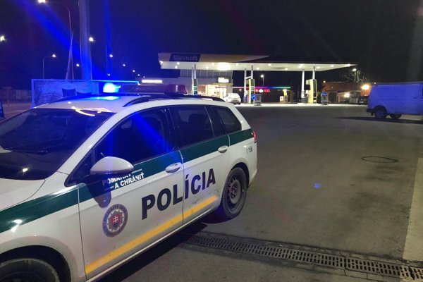 Lúpež sa stala na tejto benzínke na Chrenovskej ceste.