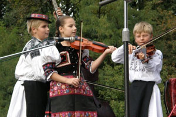 Malí muzikanti oslávia tento mesiac štvrté narodeniny.