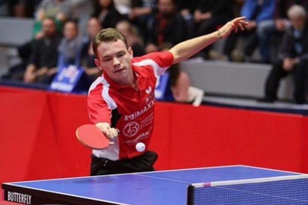Alexander Valuch v drese nemeckého klubu Bad Homburg.