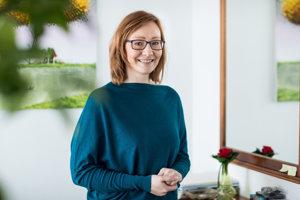 Elena Gürtnerová z organizácie AIW, ktorá sa zaoberá opatrovaním seniorov v Rakúsku.