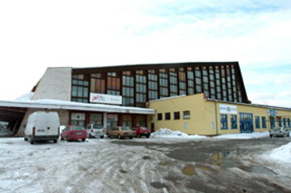 Zimný štadión vo Zvolene postavili za dva roky, otvorili ho v novembri 1966.