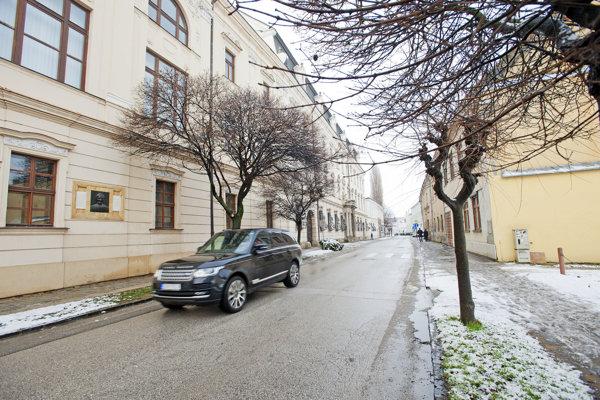 Hollého ulica.