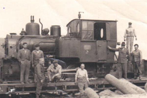 Lesná železnica v Hriňovej na starej fotografii.