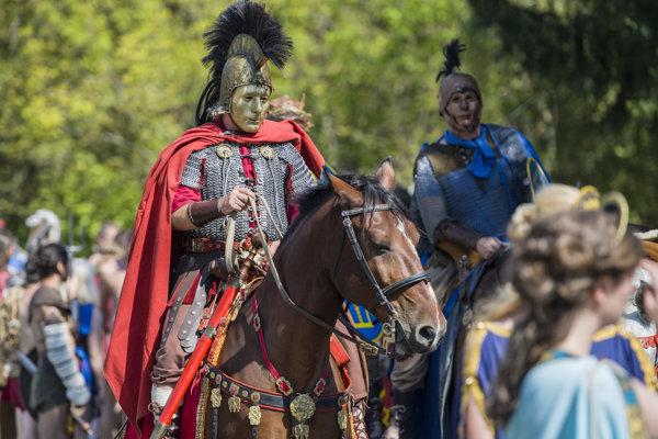 Na počesť slávnej histórie organizujú v mestskej časti Rusovce  Rímske hry a Limes Day